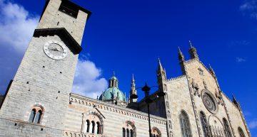 Cathédrale de Côme, palais Broletto et l'église de Sant'Abbondio